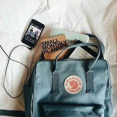 Buy outdoor pants, parkas, jackets, backpacks and Kanken gear in the official Fjallraven US store. Backpack Outfit, Travel Backpack, Kanken Backpack, Travel Packing, Fashion Backpack, Mochila Kanken, Books And Tea, Fjallraven, Vintage Cameras