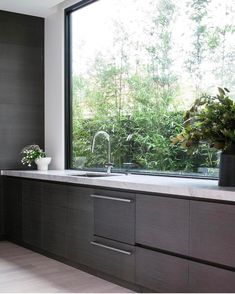 "641 Likes, 14 Comments - Dot➕Pop Interiors - Eve Gunson (@dotandpop) on Instagram: ""Now that's my sort of splash back! Kitchen stunner designed by @dani_wales at their #seddonhouse…"""
