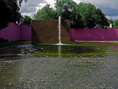 La fuente de Los Amantes... - Luis Barragan, Architect