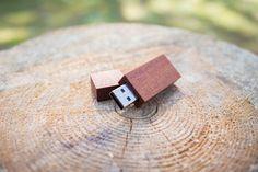 10 pcs Exotic MAHAGONI USB flash memory sticks 8GB by EWARTWOODS
