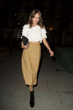 livefastdiechung: Alexa Chung Spotted at Chiltern Firehouse Fashion Mode, Trendy Fashion, Fashion Beauty, Womens Fashion, Style Fashion, Trendy Style, Looks Street Style, Looks Style, Moda Do Momento