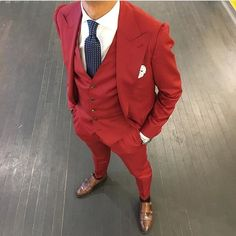 Tucked Trunks is an underwear to keep your shirt tucked in. Best Suits For Men, Cool Suits, Mens Suits, Grey Suits, Suit Up, Suit And Tie, Outfit 2016, Terno Slim Fit, Suit Combinations