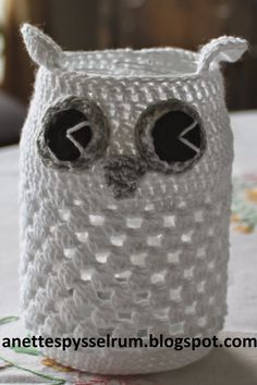 Anette´s Pysselrum: Ugglelyktor Crochet Jar Covers, Tea Light Holder, Decoration, Tea Lights, Tatting, Knitting Patterns, Knit Crochet, Diy And Crafts, Presents