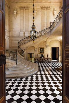 Your next stairwell. The Grand Staircase Hall of The Château d'Anet in northern France, built by Phil Beautiful Architecture, Interior Architecture, Interior Design, Staircase Architecture, Architecture Life, Renaissance Architecture, French Architecture, Luxury Interior, Modern Interior