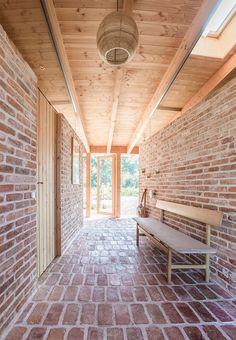 New Diy Home Decor Summer Simple Ideas Timber Architecture, Architecture Design, Diy Garden Furniture, Weekend House, Scandinavian Home, Brutalist, Diy Home Decor, New Homes, Outdoor Decor