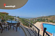 http://www.alanyaimmobilienturkei.com/properties/private-villa-kaufen-alanya-mit-pool-und-garage/