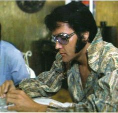 ♡♥Elvis does rehearsals in Culver city in July 1970 - click on pic to see a full screen pic in a better looking black background♥♡