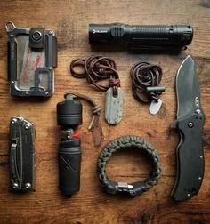 Gear + loadout edc edc backpack, urban edc и edc Urban Survival, Survival Tools, Survival Hacks, Survival Guide, Edc Backpack, Urban Edc, Bushcraft Gear, Bushcraft Camping, Edc Tactical