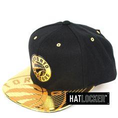 in stock 7b94d 1aa8f Hat Locker    Mitchell   Ness Toronto Raptors Gold Standard Snapback     Free shipping