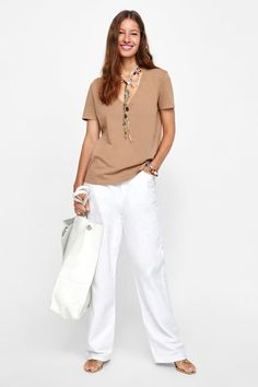 T-shirts et tops femme Zara, White Pants, Ruffle Dress, Jeans Pants, New Outfits, T Shirts For Women, Style, Tops, Dresses