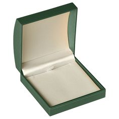 "Noble Gift Packaging's  ""Elsinore"" collection brings you traditionally styled green jewellery boxes with slightly domed lids and delicate gold stripe accents. These green boxes have soft felt inserts and satin lined lids."