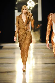 Stephane Rolland Spring/Summer 2011 Couture