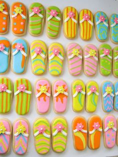 How adorable! Nutter Butters decorated like fancy flip flops.