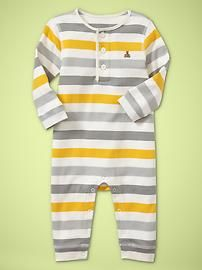 villa centinale. love this line of baby clothes at gap. on sale now too!