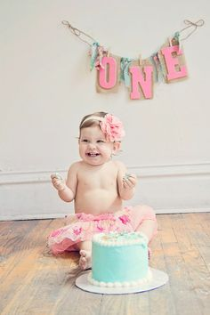1 year baby pic ideas | Cake Smashing Session for one year old baby ...