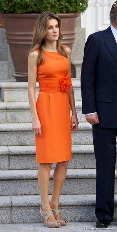Princess Letizia glowing in orange.