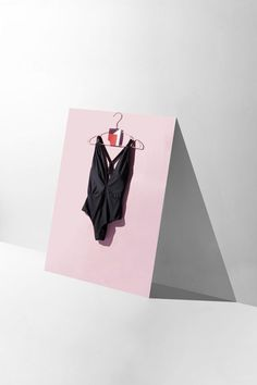 New Ideas For Clothes Photography Product Ideas Still Life Source by pricylan clothing photography Flat Lay Photography, Clothing Photography, Still Life Photography, Creative Photography, Photography Tips, Fashion Photography, Product Photography, Fashion Still Life, Foto Still