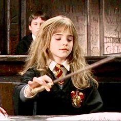 And besides, you're saying it wrong, it's LeviOsa not LeviosA! Harry James Potter, Harry Potter Hermione, Harry Potter Theme, Harry Potter Universal, Harry Potter Characters, Harry Potter Fandom, Harry Potter World, Draco, Sirius Black