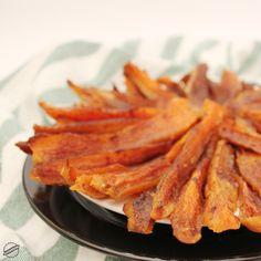 fűszeres édesburgonya (2) Fitness Diet, Carrots, Bacon, Paleo, Vegetables, Breakfast, Recipes, Food, Morning Coffee