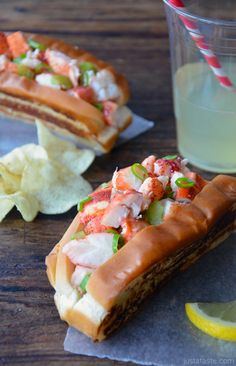 Lobster Rolls with Garli Butter Buns on MyRecipeMagic.com
