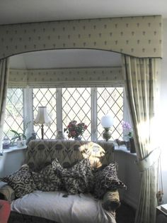 1000 Images About Curtain Pelmets On Pinterest Cornice