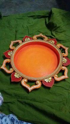 Thali Decoration Ideas, Diwali Decorations, Desi Wedding Decor, Wedding Art, Art N Craft, Diy Art, Diwali Lamps, Name Plate Design, Rajasthani Art