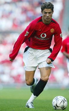 Manchester United's new signing Christiano Ronaldo in action
