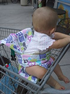 Sewing For Babies Sewing Pattern - Shopping Cart Support Cushion and Portable High Chair for Baby - Baby Sewing Projects, Sewing For Kids, Sewing Tutorials, Sewing Ideas, Baby Patterns, Sewing Patterns, Baby Shopping Cart Cover, Shopping Carts, Portable High Chairs