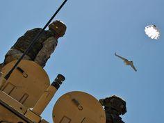 Wykorzystywane przez Polaków BSR-y nie lądują samodzielnie. Zadanie kończą spadając ze spadochronem/fot. Marcin Ogdowski