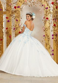b41dedebf7 13 Best Green Quinceanera Dresses images in 2019