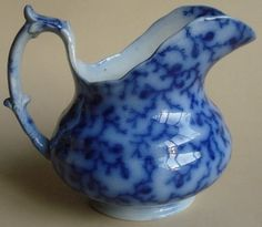 Antique Flow Blue Patterns | ... FLOW BLUE POTTERY STAFFORDSHIRE CREAMER HACKWOOD 1840's BERRY PATTERN