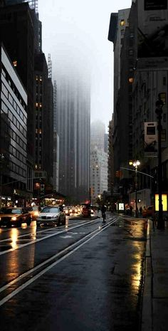 New York City, New York. It still looks stunning in the rain. To be honest, I'd rather visit when it's like this☔️