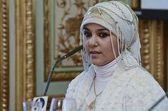 https://flic.kr/p/q8fpgj   Yasmin Salem, Yasmin Salem, creadora de Masturah   Para más información: www.casamerica.es/economia/dia-internacional-de-la-mujer-...