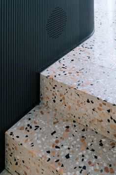 We're stepping back in time to celebrate the comeback of the terrazzo trend. terrazzo The terrazzo comeback Terrazzo Tile, Tile Floor, Terrazo Flooring, Flooring Tiles, Decor Interior Design, Interior Decorating, Home Trends, Cheap Home Decor, Interior Inspiration