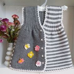 Bilder, Stockfotos und Vektorgrafiken Ornamental Pattern for Knitting and Embroidery Baby Knitting Patterns, Knitting For Kids, Free Knitting, Girls Knitted Dress, Knit Baby Dress, Knit Baby Sweaters, Knitted Baby Clothes, Baby Vest, Baby Cardigan
