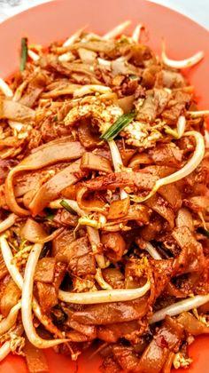 Penang fried keow teow pelangi carpark johor bahru