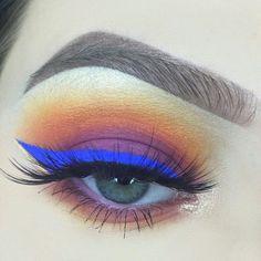 Cute eye make up