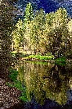 Merced River, Yosemite National Park, USA
