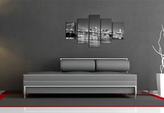 Cuadro decorativo ref.111, formado por cinco unidades. Medidas: 100x50cm Precio: 45€ www.mueblesbonitos.com #Cuadro #diseño #decoración #blancoynegro