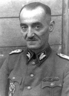 Attualià: #Oskar #Dirlewanger: la #storia e la vita delluomo più spietato delle SS (link: http://ift.tt/2oKV0jC )