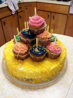 Cupcake/cake birthday cake
