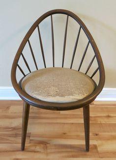 Mid Century Danish Modern Spindle Back Peacock Lounge Chair By Ib Kofod Larsen