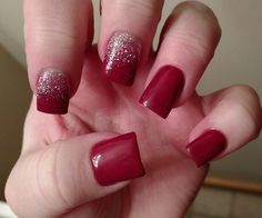 Christmas nails. Red and silver nails.