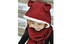 Sewing Projects For Beginners Flannel hooded scarf. Would love to try to make this with Viking horns for my boys! - Use your favorite hood pattern to make this easy custom flannel hooded scarf. Sewing Hacks, Sewing Tutorials, Sewing Crafts, Sewing Tips, Sewing Basics, Sewing Ideas, Love Sewing, Sewing For Kids, Couture Bb