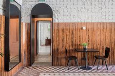 Muy interesante renovación de 2Bgroup en Odessa, Ukrainia, para convertir un edificio histórico en restaurante, bar, espacios co-working y...