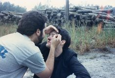 "Make-up artist Jeff Goodwin ""Beating up Kyle MacLachlan"",on set of David Lynch's BLUE VELVET, 1985."