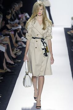 Badgley Mischka Spring 2008 Ready-to-Wear Fashion Show Collection Celebrity Dresses, Celebrity Style, Online Dress Shopping, Shopping Sites, Atelier Versace, Fashion Show Collection, Red Carpet Dresses, Fashion Labels, Badgley Mischka