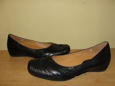 EARTHIES Womens Shoes VANYA Career Casual Black Leather Slip On Flats Size 7.5B…