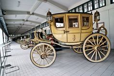 If I were a princess, I would have a handsome footman deliver me places in a fancy carriage like this one. Horse Wagon, Horse Drawn Wagon, Roman Chariot, Old West Town, Wooden Wagon, Old Wagons, Victorian Life, Horse And Buggy, Chuck Wagon