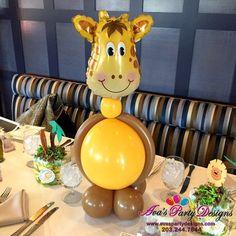 Safari Theme Birthday, Jungle Theme Parties, 2nd Birthday Party Themes, Birthday Balloon Decorations, Safari Party, Jungle Balloons, Baby Shower Balloons, Kids Centerpieces, Masquerade Centerpieces